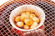 錫箔包烤大蒜