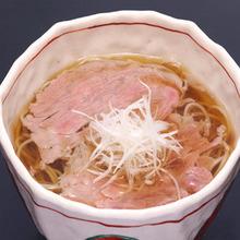 肉片烏龍麵