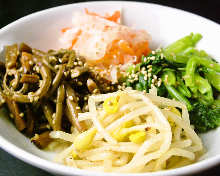 韓式涼拌小菜拼盤