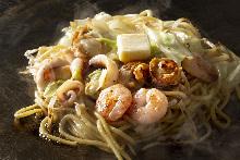 海鮮鹽黄油炒麵