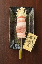 豬肉捲金針菇串