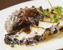 烤鮑魚 岩海苔鮮奶油和魚肝醬汁