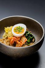 乾拌韓式冷麵