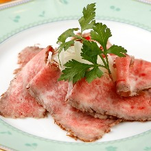 烤牛肉沙拉