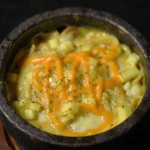 4種起司石鍋起司培根義大利麵