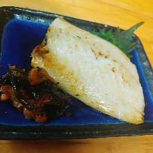 鮭魚腹定食套餐