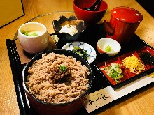 牛肉飯御膳(牛肉飯三吃)