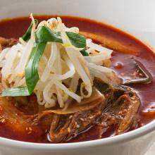 牛肉湯拉麵