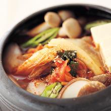 辣白菜韓式火鍋