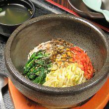 韓式石鍋拌飯 配湯